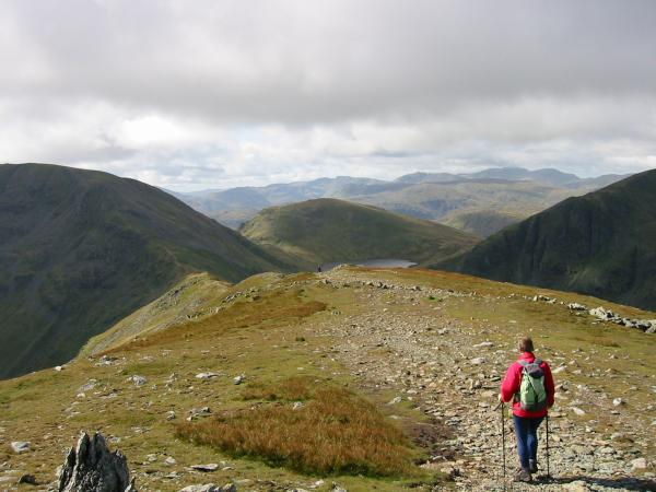Leaving St Sunday Crag for Deepdale Hause and Fairfield