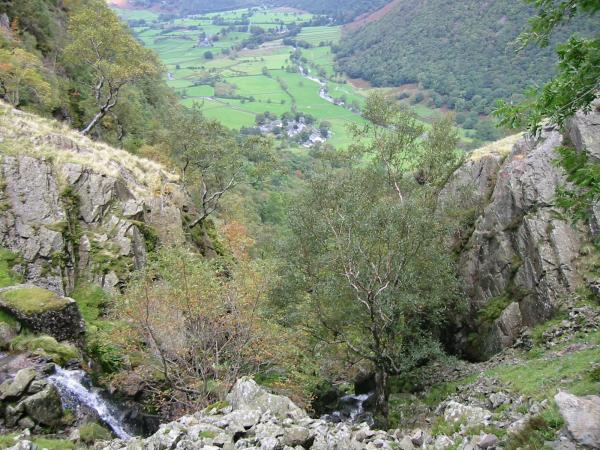 Looking down Big Stanger Gill, Rosthwaite Fell to Stonethwaite