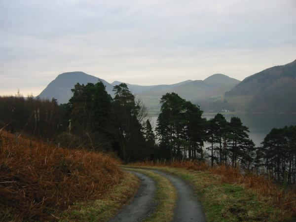 Mellbreak and Hen Comb from the old road