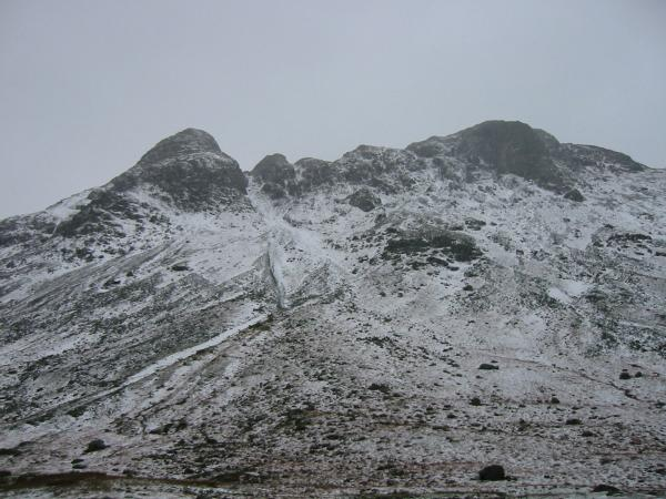 The Langdale Pikes from Mickleden