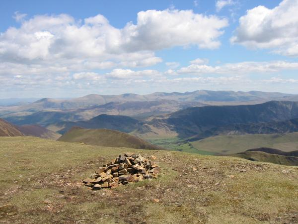 Looking east to the Helvellyn range from Wandope summit