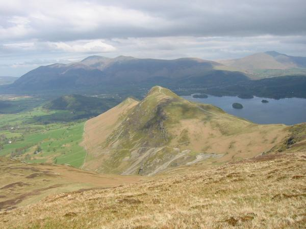 Catbells, Skiddaw, Derwent Water and Blencathra from Maiden Moor
