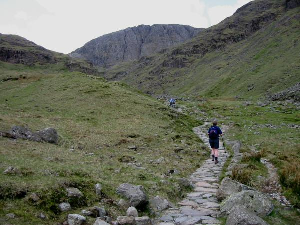 Ascending Grains Gill towards Great End