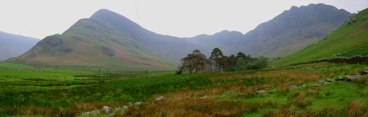 A panorama of the round: Fleetwith Pike, Green Crag, Haystacks