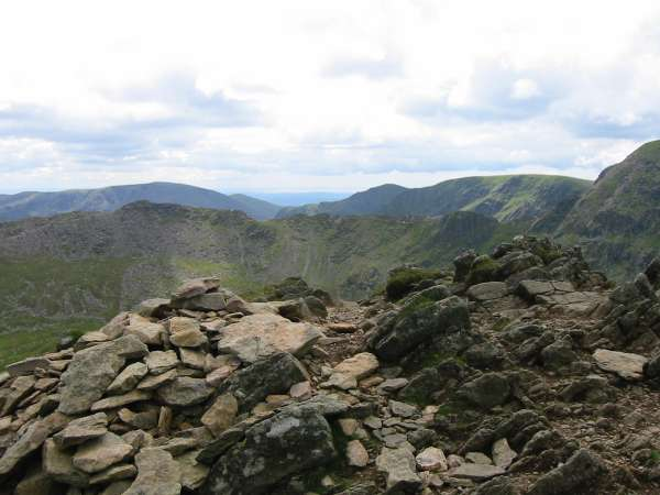 Striding Edge with Fairfield, Dollywaggon Pike and Nethermost Pike behind from Catstycam's summit