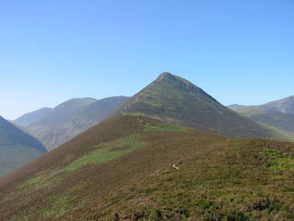 The ridge to Causey Pike from Rowling End