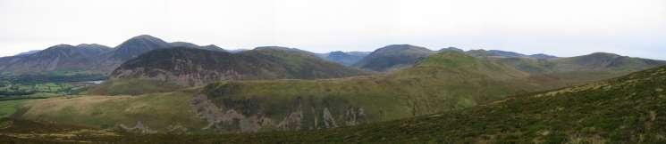 Mellbreak and Hen Comb from Gavel Fell's northeast ridge