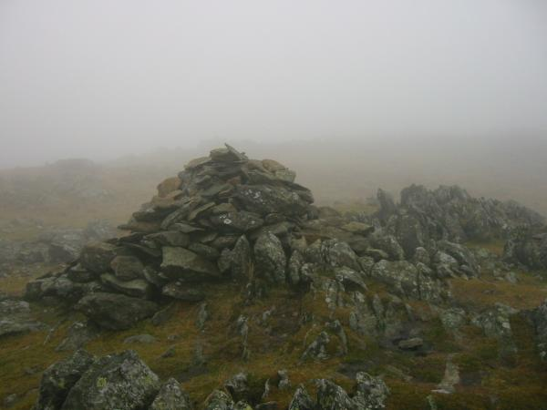 Thunacar Knott summit, still no view