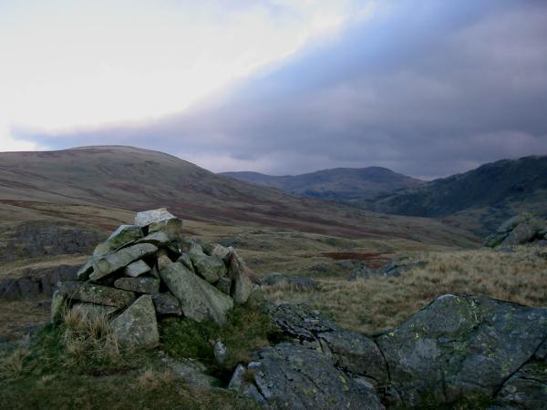 Buckbarrow summit, looking towards Seatallan, Scoat Fell and Red Pike (Wasdale)