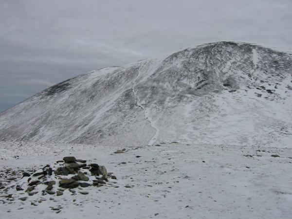 The path up Skiddaw from Carl Side's summit cairn