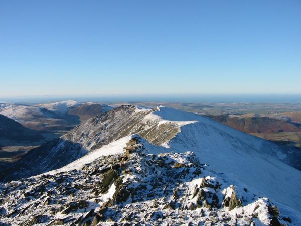 The ridge to Whiteside from Hopegill Head summit