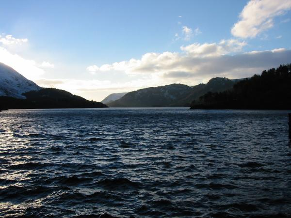 A choppy Thirlmere from the dam