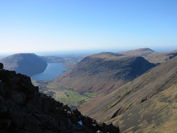 Wasdale and Yewbarrow from the descent to Beck Head