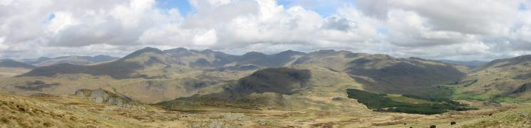 Pillar, the Scafells, Great End, Esk Pike, Bowfell, Hart Knott and Crinkle Crags and Wrynose Bottom from Harter Fell
