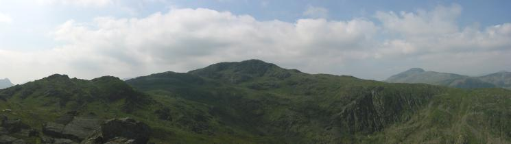 Rosthwaite Fell (Dovenest Crag top), Combe Door top, Combe Head and Great Gable from Rosthwaite Cam