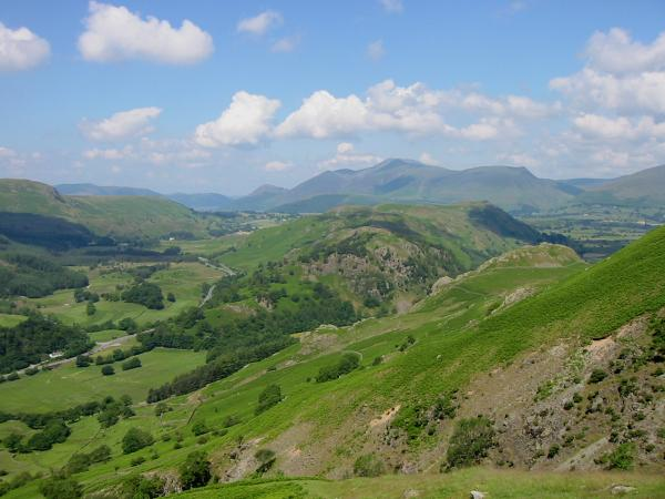High Rigg with Skiddaw beyond from the descent to Stanah