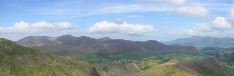Grasmoor, Eel Crag, Sail, Grisedale Pike, Scar Crags, Causey Pike, Rowling End and Skiddaw