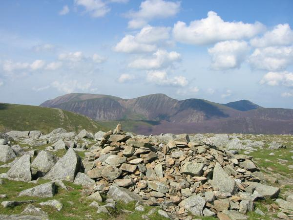 Grasmoor, Eel Crag, Sail and Grisedale Pike from Hindscarth's summit