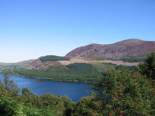 Bowness Knott, Herdus and Great Borne from the ascent of Iron Crag