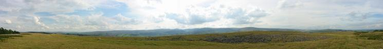 Westerly panorama from Knipescar Common's summit