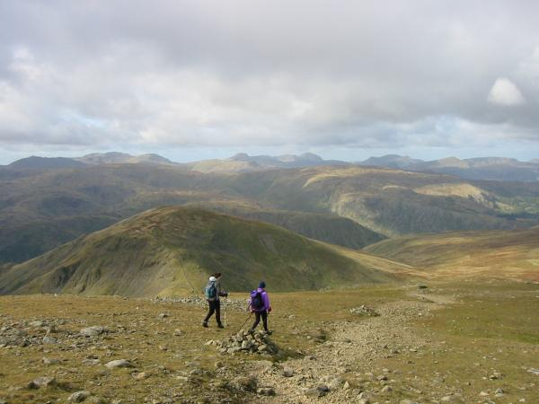 The view west from the start of the descent off Fairfield