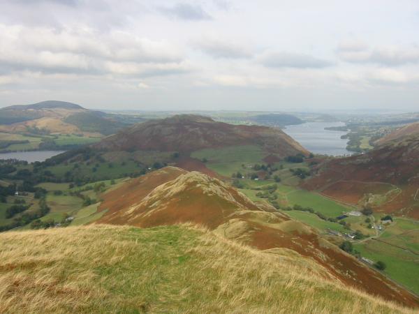 Beda Fell's north ridge, Hallin Fell and Ullswater