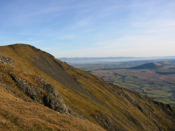 Looking back to the summit and Hall's Fell Ridge