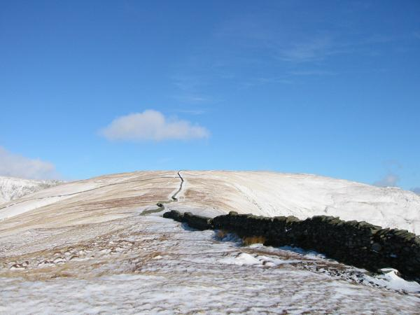 The wall to Dove Crag from High Pike