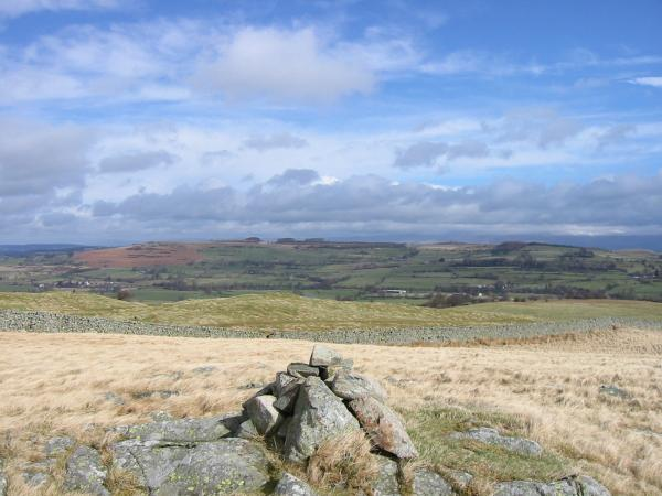 Knipescar Common from the cairn on the summit of Scalebarrow Dodd