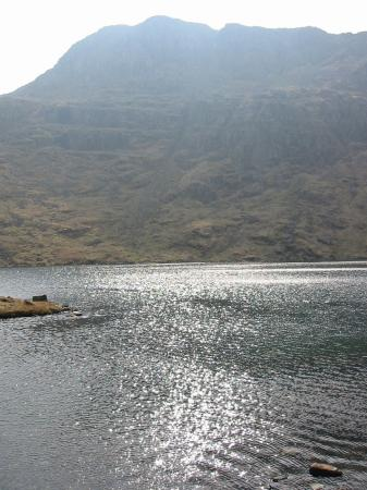 Angle Tarn and Hanging Knotts