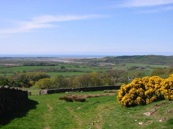 The view west to the sea from above Dyke