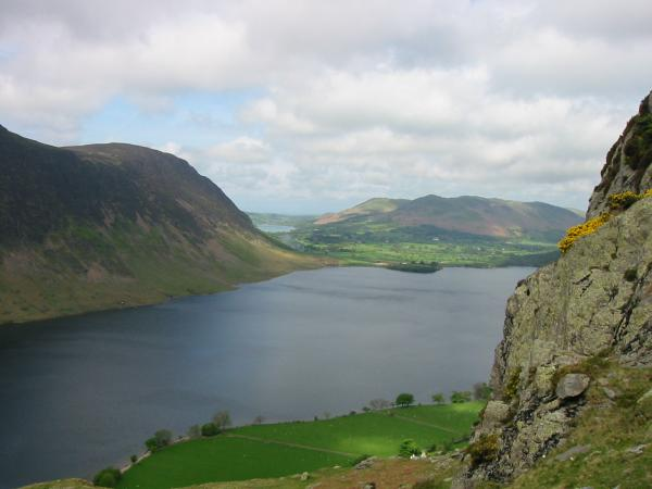 Crummock Water, Mellbreak, a bit of Loweswater and Low Fell from the descent