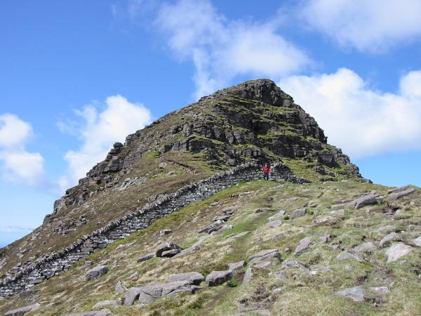The start of the ridge to Caisteal Liath from Bealach Mor