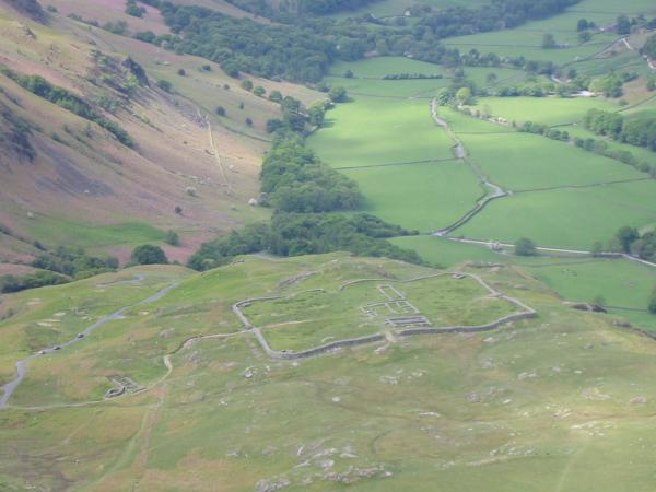 ..and zooming in on the remains of MEDIOBOGDVM (Hard Knott Roman Fort)