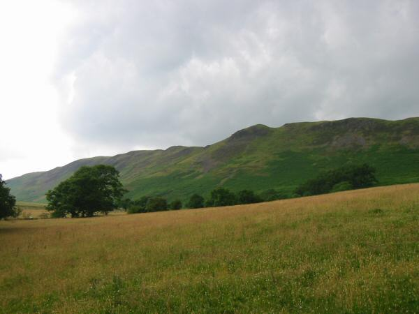 Looking up at the ridge between Low Fell and Fellbarrow from above Thackthwaite