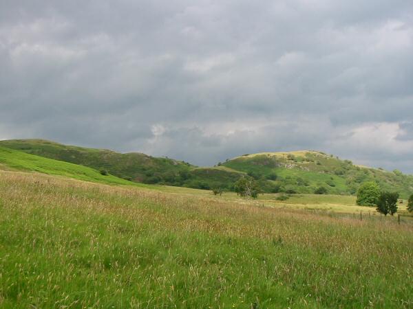 Looking northwards towards Broadmoor Hill