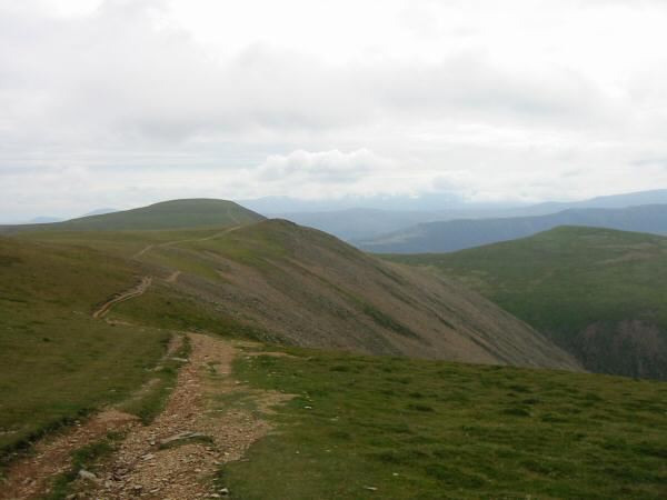 The path to Eel Crag with Wandope on the right
