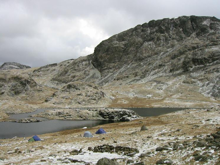 Wild camping at Sprinkling Tarn at the foot of Great End
