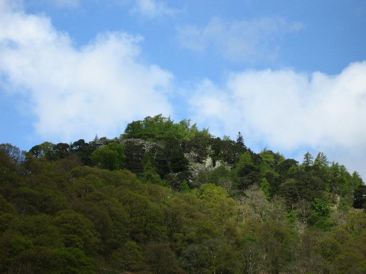 Looking up at the top of Castle Crag