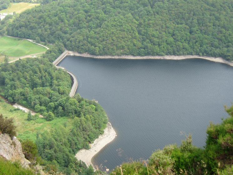 Looking down on Thirlmere's dam from Raven Crag