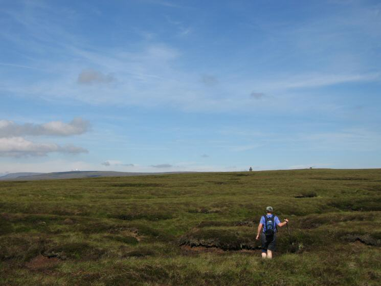 Heading towards the Curricks on Murton Fell's northern top
