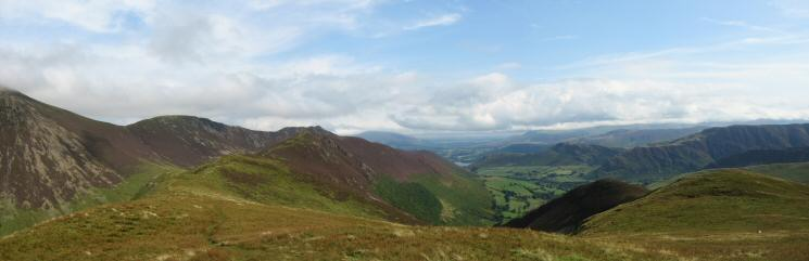The ridge to Ard Crags and the Newlands Valley from Knott Rigg