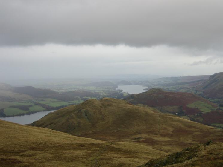 Looking back to High Dodd with Hallin Fell behind and Ullswater