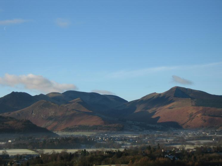The Causey Pike to Eel Crag ridge with Barrow in front and Grisedale Pike on the right