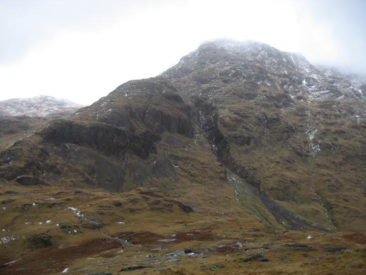 Great End, briefly out of cloud, and Skew Gill