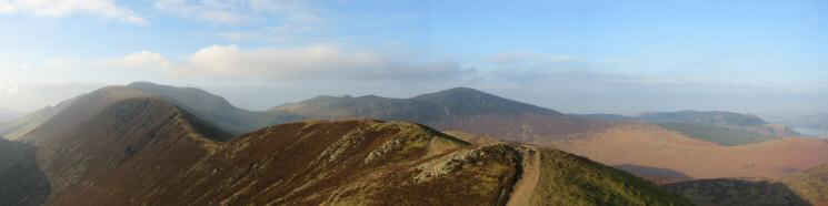 The ridge to Scar Crags from Causey Pike