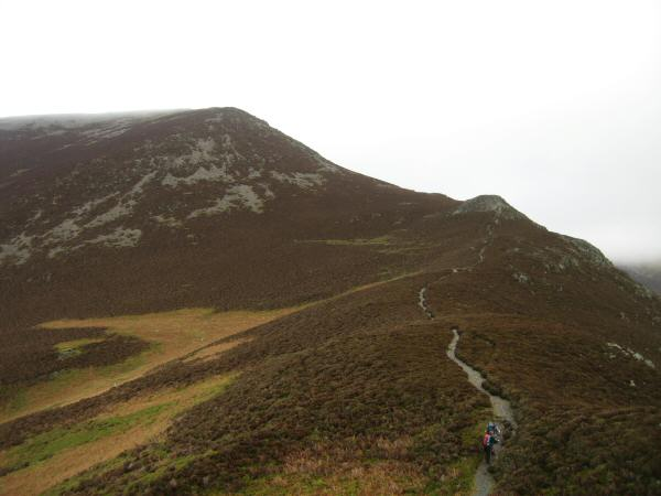 The path up Whiteside from Whin Ben