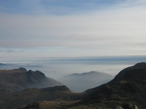 Another shot of the Langdale Pikes and the cloud sea, this time from Great End