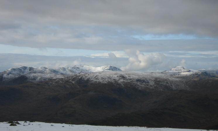 Looking west towards Bowfell, Esk Pike, the Scafells, Great End and Great Gable from Great Rigg