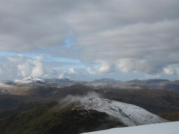 Looking over Seat Sandal to the western fells